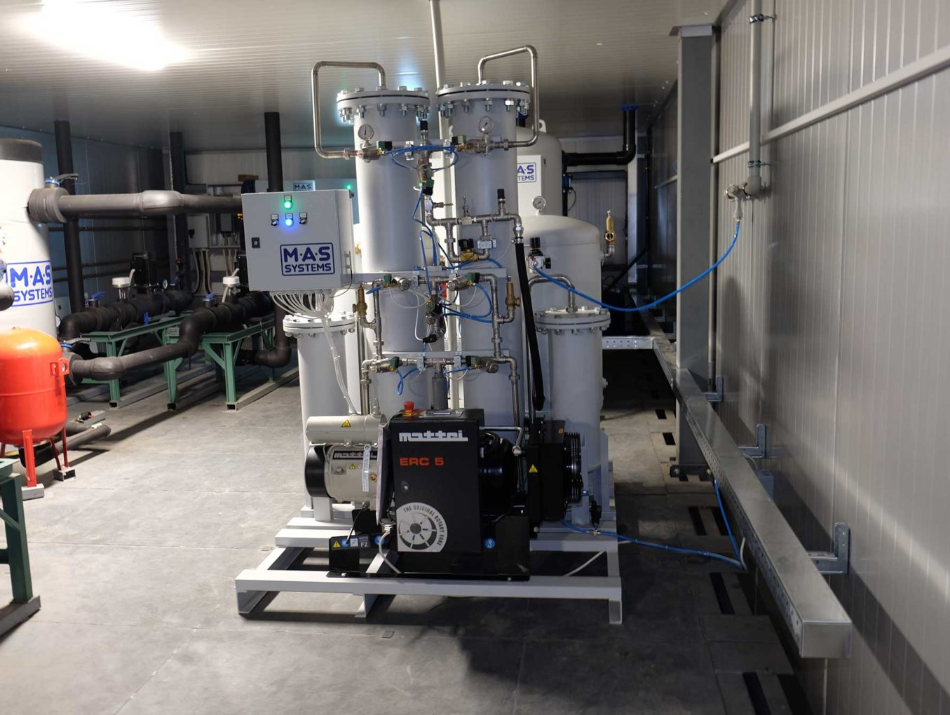 Generator-azota-promyshlennyj